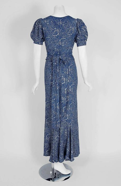 Women's 1930's Metallic Blue-Roses Floral Lame Belted Puff Sleeve Bias-Cut Evening Gown For Sale