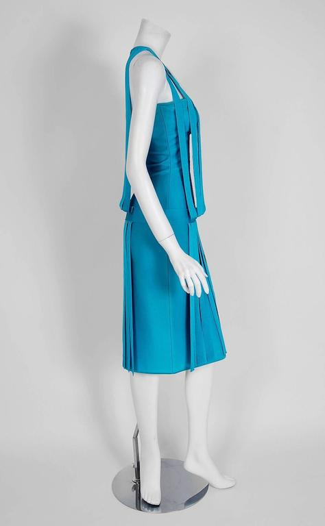 1990's Herve Leger Runway Turquoise Blue Knit Birdcage Cut-Out Bodycon Dress In Excellent Condition For Sale In Beverly Hills, CA