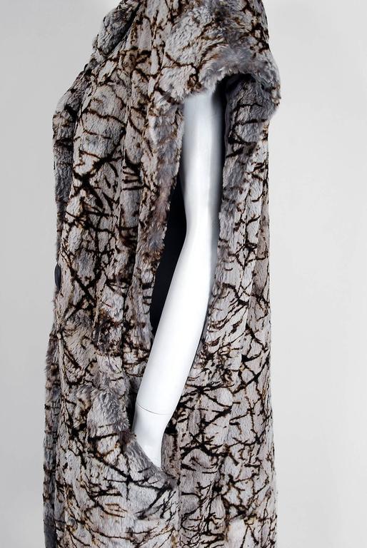 Women's or Men's Vintage 1978 Fendi Couture by Karl Lagerfeld Chinchilla Fur Maxi Jacket Vest For Sale