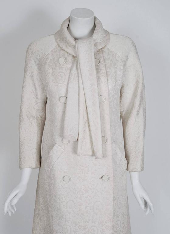 1960's Jean Patou Ivory-White Silk Double Breasted Scarf-Neck Mod Jacket Coat  2