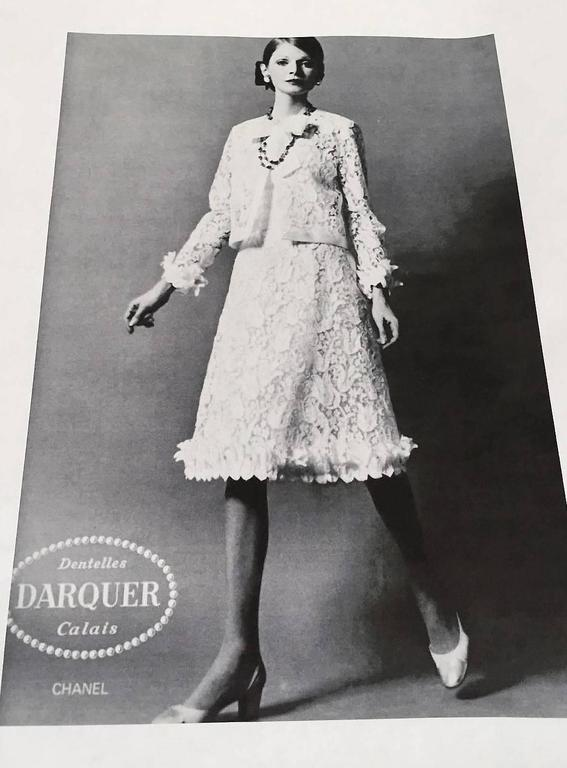 1966 Chanel Haute-Couture White Tulip Novelty Lace & Satin Party Dress Ensemble 2