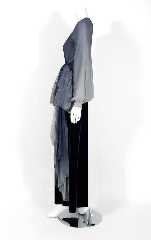 1970 Christian Dior Haute-Couture Ombre Chiffon & Velvet Billow-Sleeve Ensemble In Excellent Condition For Sale In Beverly Hills, CA