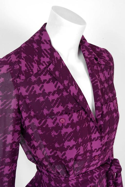 1969 Christian Dior Haute-Couture Purple Houndstooth Silk-Chiffon Belted Dress In Excellent Condition For Sale In Beverly Hills, CA