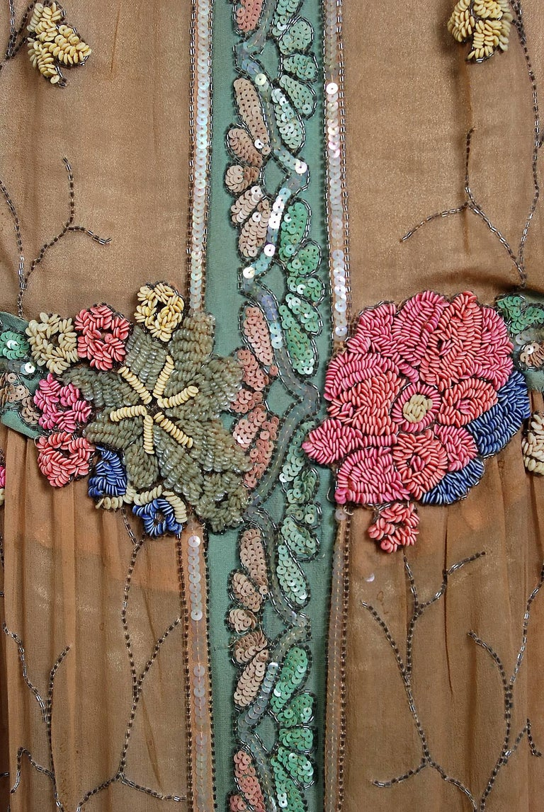 1925 Henri Bendel Couture Beaded Floral Silk & Lamé Flapper Art-Deco Dress In Good Condition For Sale In Beverly Hills, CA