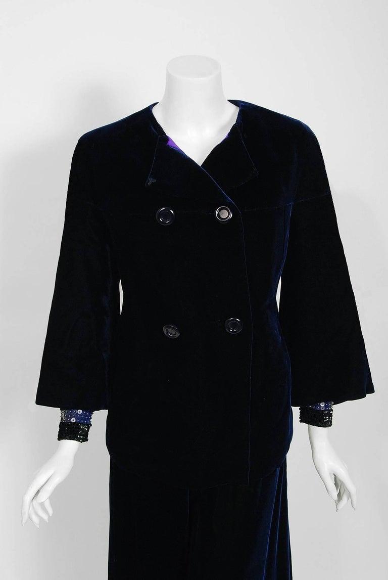 Women's Vintage 1971 Pierre Balmain Haute-Couture Beaded Blue Velvet Jumpsuit and Jacket For Sale