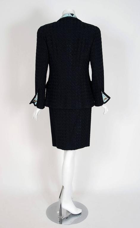 1993 Chanel Runway Black Boucle Wool & Novelty Print Silk 3-Piece Jacket Suit For Sale 3