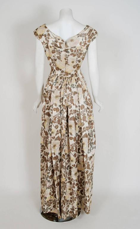 1948 Paquin Demi-Couture Watercolor Floral Print Silk Hourglass Trained Gown For Sale 1
