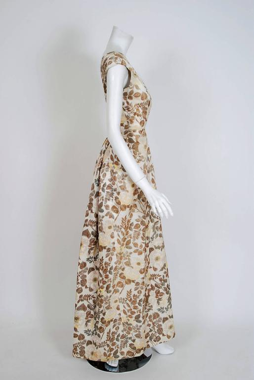 Women's 1948 Paquin Demi-Couture Watercolor Floral Print Silk Hourglass Trained Gown For Sale