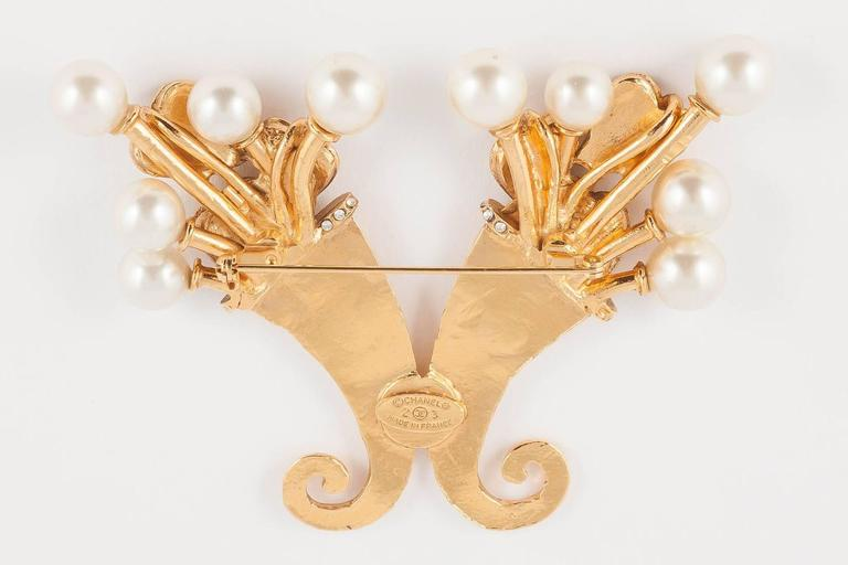Chanel pearl and gilt cornucopia brooch dated 2003  5