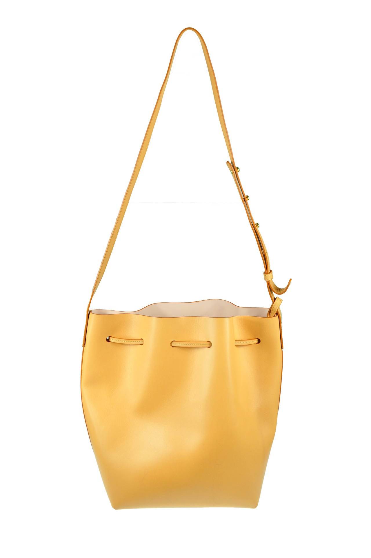 mansur gavriel cammello bucket bag new at 1stdibs. Black Bedroom Furniture Sets. Home Design Ideas