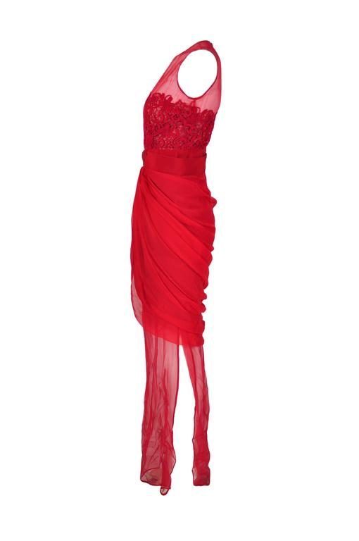 Giambattista Valli Red & Sheer Guipure Lace Appliqued Evening Dress 2