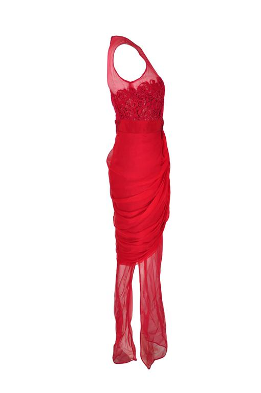 Giambattista Valli Red & Sheer Guipure Lace Appliqued Evening Dress 4