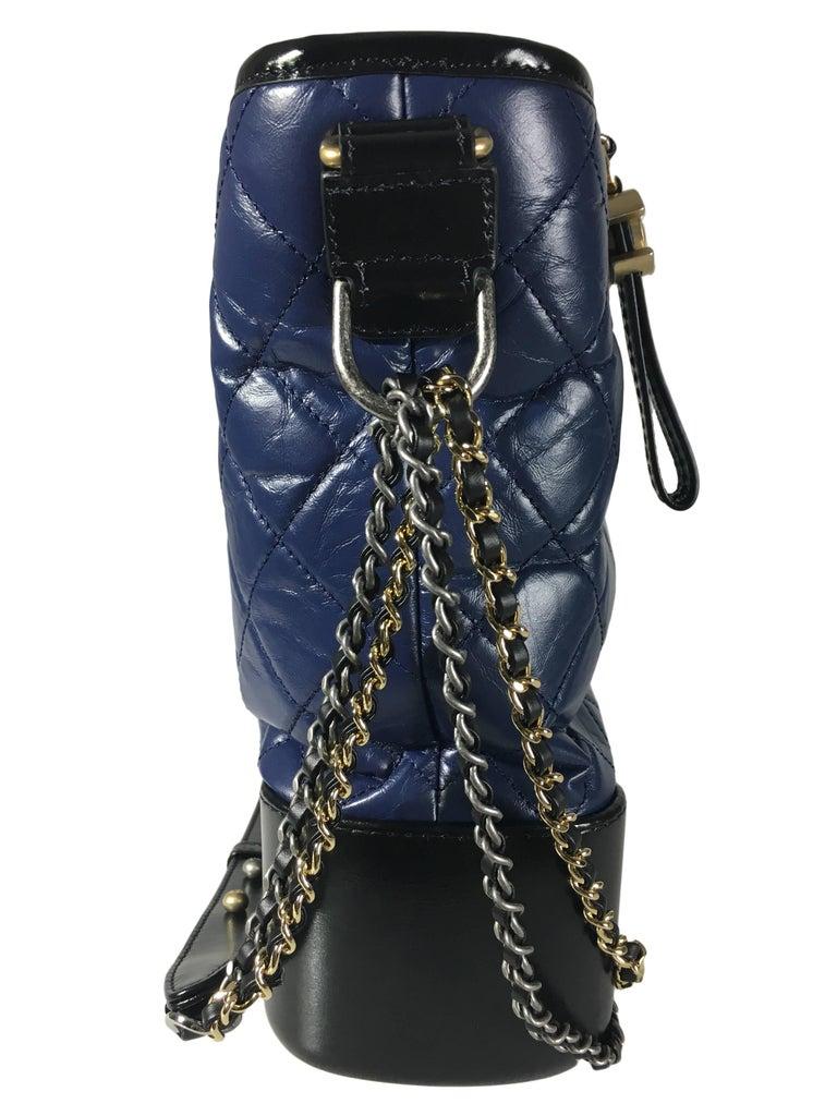 Women's or Men's Chanel Black/Navy Gabrielle Large Hobo Bag New For Sale