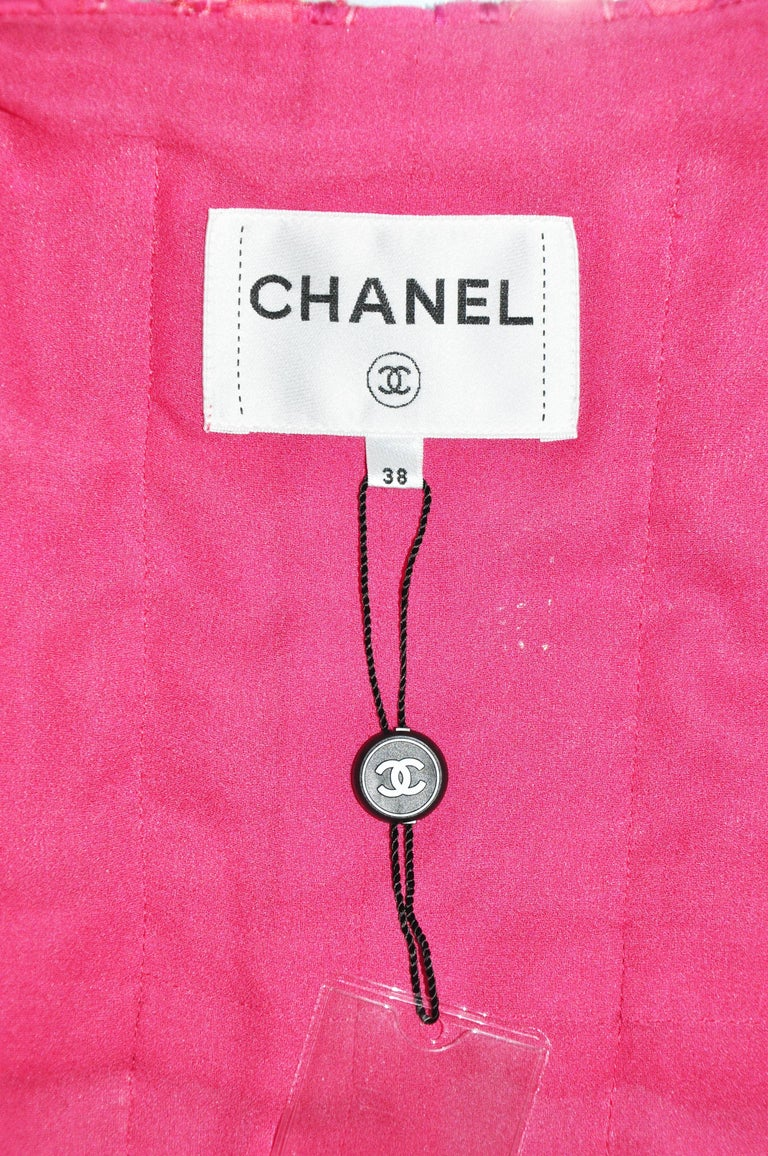 Chanel 2016 F/W Runway Fuchsia Silver Fantasy Tweed Jacket FR38 New For Sale 1