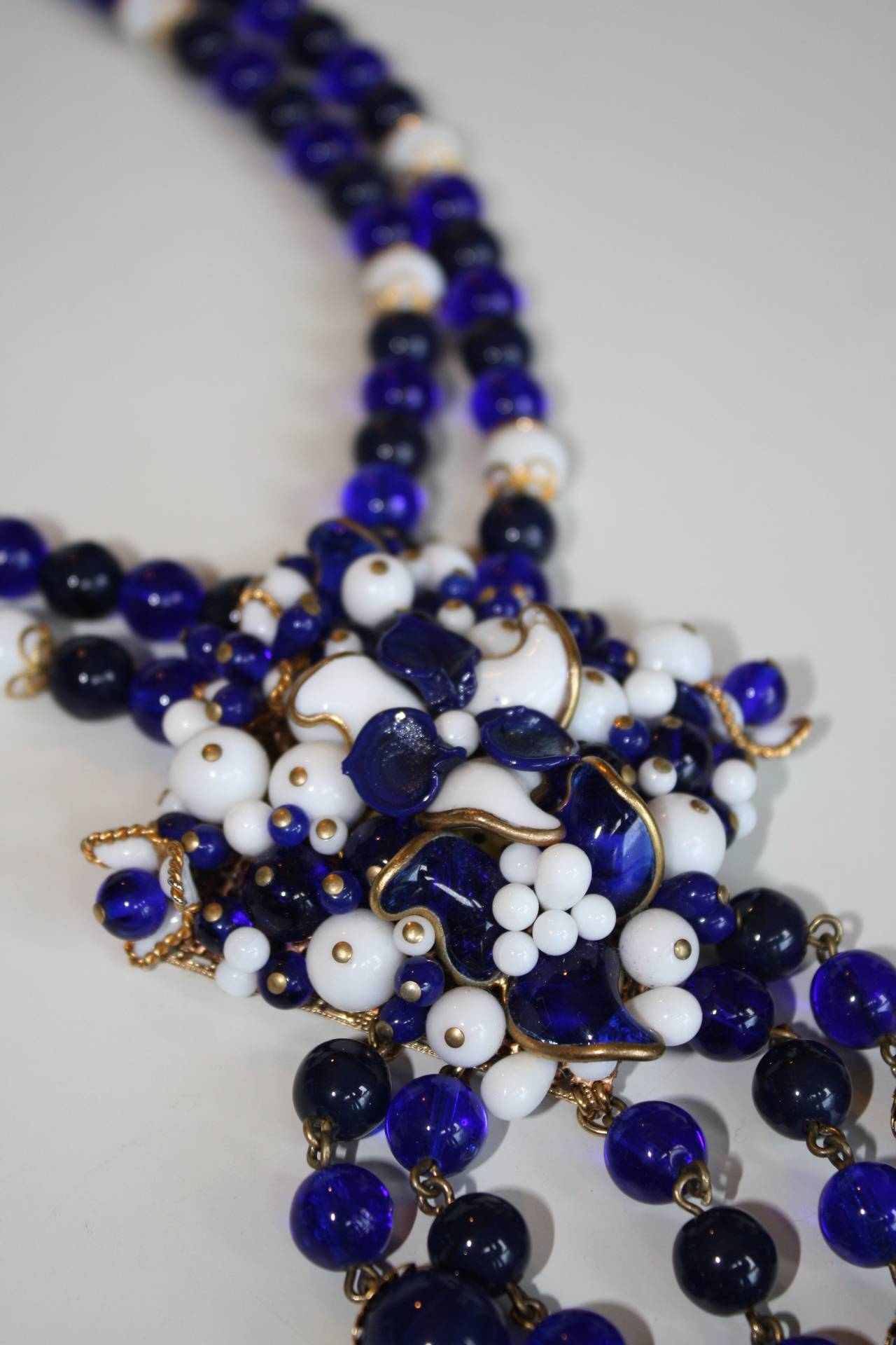 Francoise Montague Pate de Verre Navy and White Benny Necklace 2