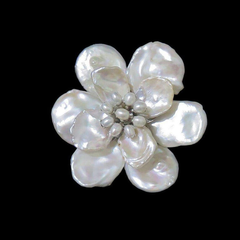 Mei's White Keshi Pearl Flower Brooch with Pearl Center For Sale 1