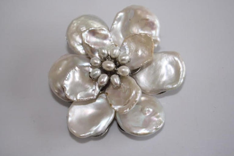 Women's Mei's White Keshi Pearl Flower Brooch with Pearl Center For Sale