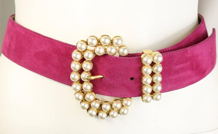 - Vintage 80s pearl gold toned hardware pink suede belt.   