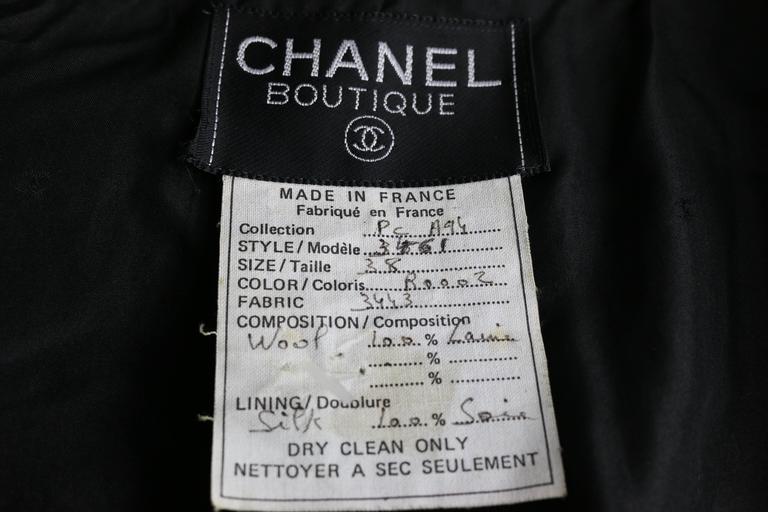 Chanel Classic Wood Black and White Tweed Blazer 7