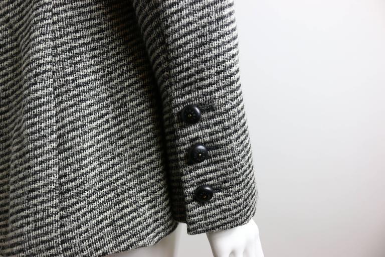 Chanel Classic Wood Black and White Tweed Blazer 6