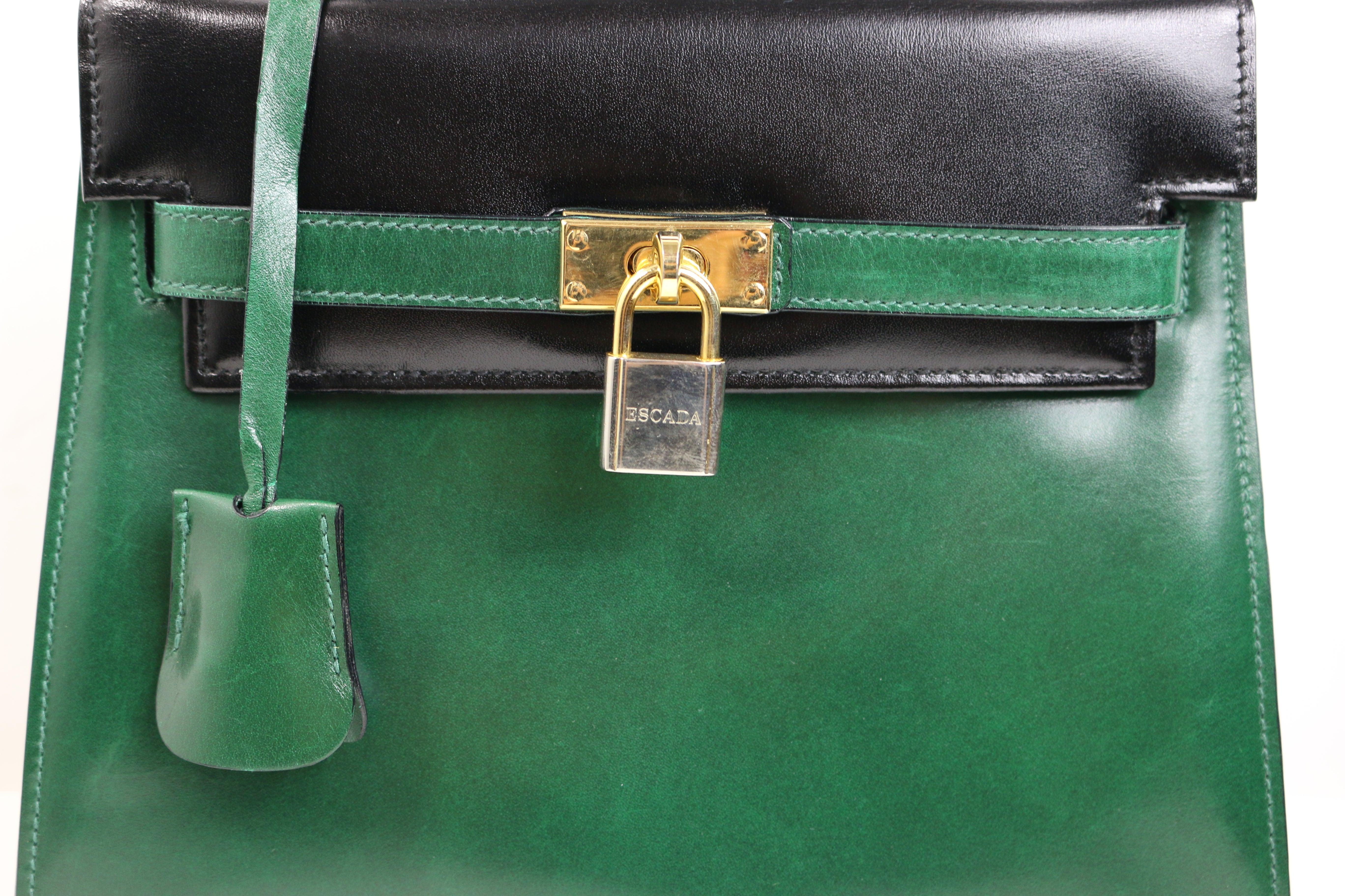 Escada Green And Black Patent Leather Handbag lptx92