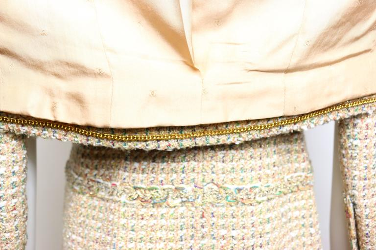Vintage 94 Chanel Gold Tweed Metallic Dress Suit For Sale 5
