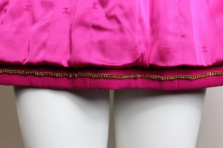 Chanel Fuchsia Boucle Wool Jacket  For Sale 1
