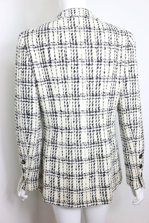 Chanel Black And White Plaid Tweed Jacket In Excellent Condition For Sale In Sheung Wan, HK