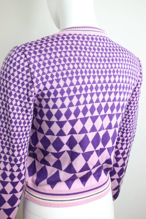 Gianni Versace Sport Geometric Purple Cropped Cardigan Sweater In New never worn Condition For Sale In Sheung Wan, HK