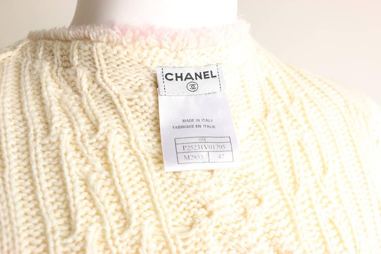 Women's Chanel White Pink Fringe Trim Knitted Pattern Cardigan Sweater  For Sale