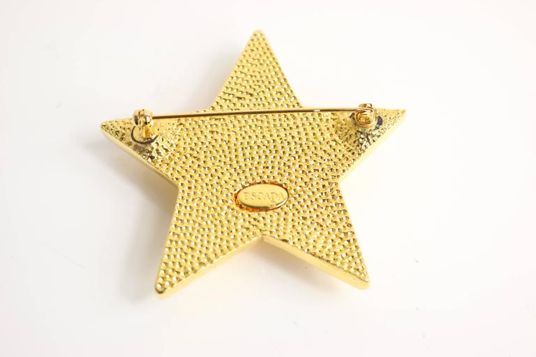 Escada Gold/Black Star Brooch  In Excellent Condition For Sale In Sheung Wan, HK