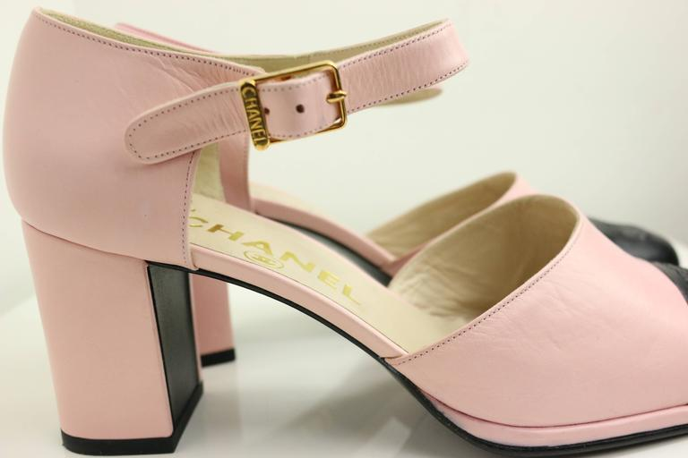 "Chanel Pink Two Tones Leather ""CC"" Logo Strap Loafers Shoes 3"
