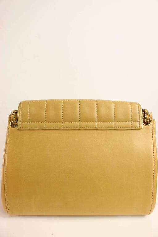 Chanel Camel Leather Flap Bag In Excellent Condition For Sale In Sheung Wan, HK