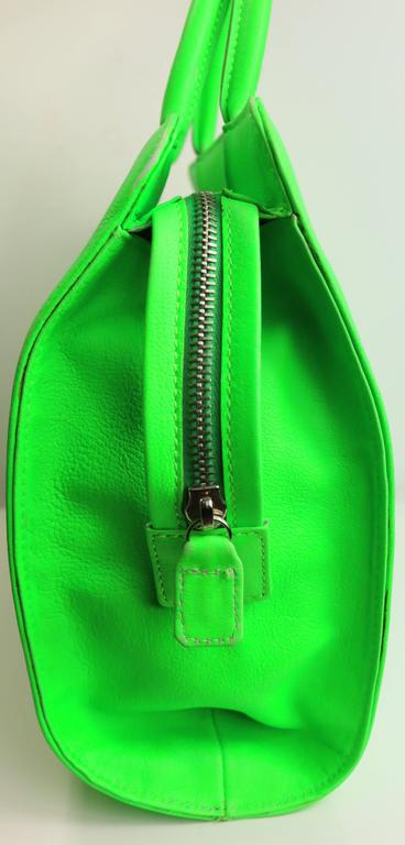64418122ceb2 Gianni Versace Couture Neon Green Leather Bag For Sale at 1stdibs