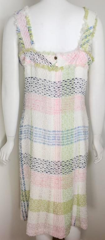 Chanel White Multicolour Plaid Tweed Fringe Sleeves Shift Dress  In Excellent Condition For Sale In Sheung Wan, HK