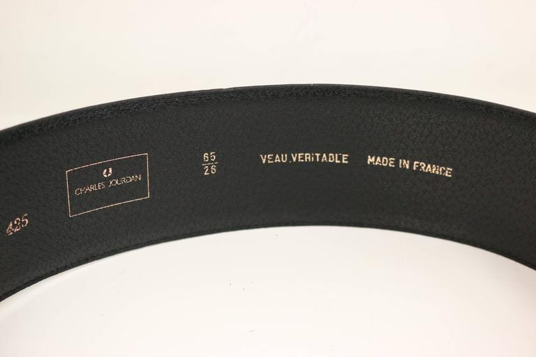 Charles Jourdan Red Buckle Black Leather Belt In Excellent Condition For Sale In Sheung Wan, HK