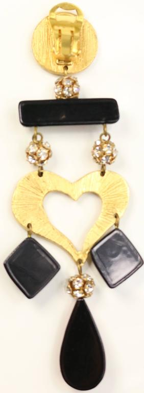 Christian Lacroix Multicoloured Heart Drop Clip On Earring  In Excellent Condition For Sale In Sheung Wan, HK