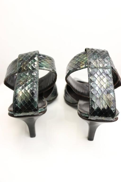 Black Gucci by Tom Ford Green Python Snakeskin Slingback Pumps For Sale