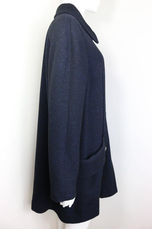 Chanel Black and Blue Tweed Wool Coat  In Excellent Condition For Sale In Sheung Wan, HK
