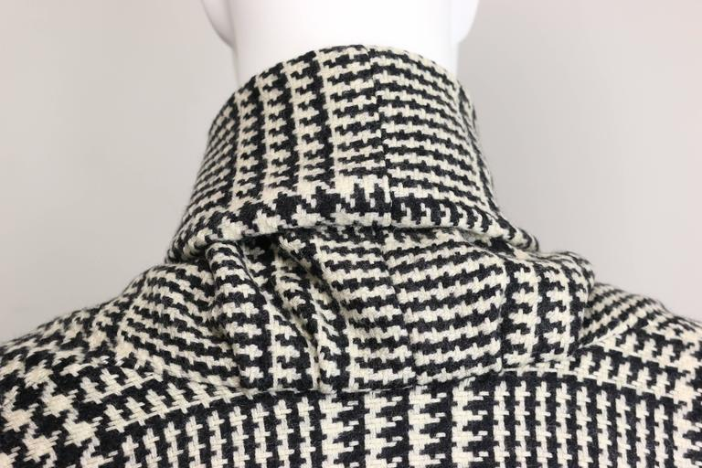 Vintage 90s Iknos Black and White Houndstooth Oversized Long Wool Coat 4