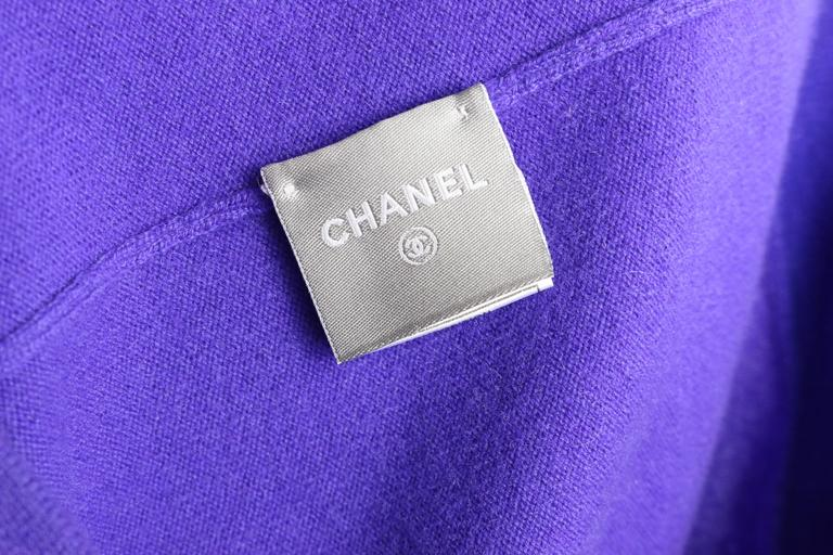 Women's Chanel Purple with Red Trim Collar Pullover Cashmere Sweater  For Sale