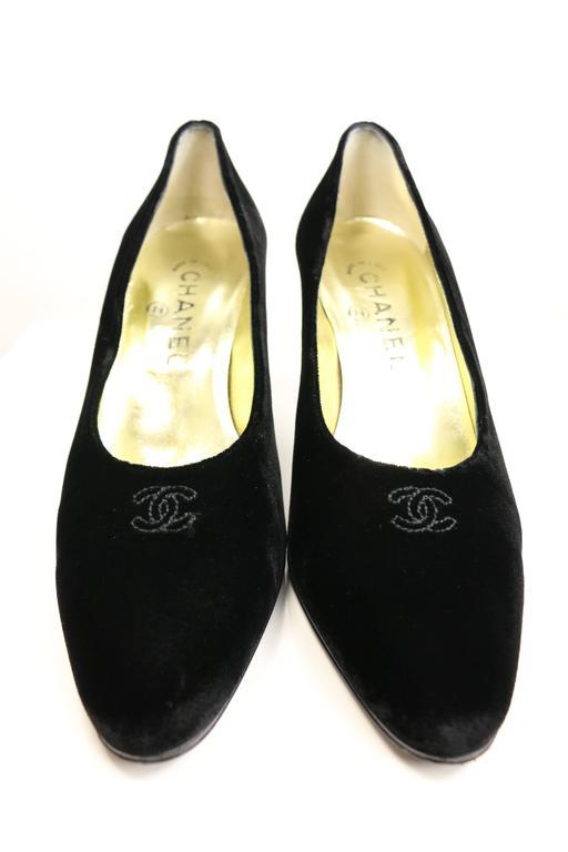 Chanel Black Velvet Pumps 2