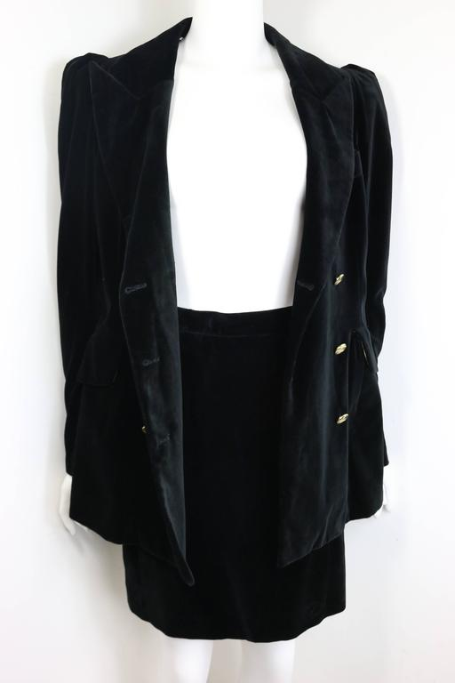 90s Vivienne Westwood Black Velvet Double Breasted Jacket and Skirt Ensembles  In New Condition For Sale In Sheung Wan, HK