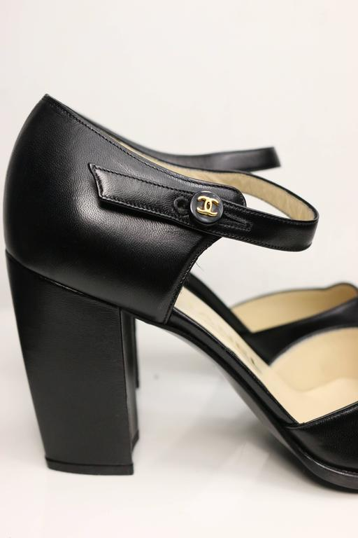 Chanel Classic Black Leather Square Toe Heels In New Condition For Sale In Sheung Wan, HK