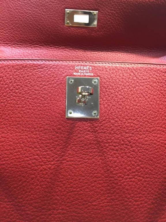 277e193b5995 Brown Hermes 32cm Kelly Retourne Bag Rouge Garance Clemence in Palladium  Plated For Sale