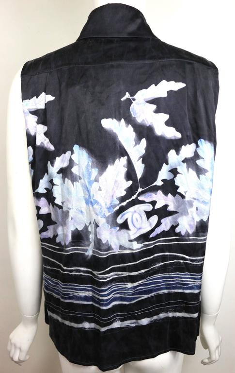 Women's Chanel Black Silk Leaves Sleeveless Shirt  For Sale