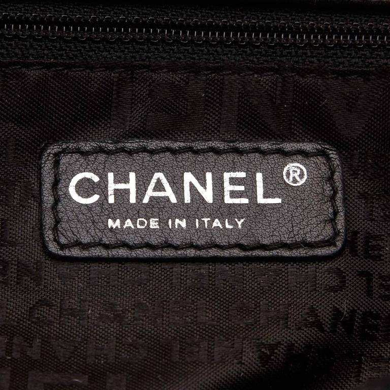 Chanel Black Quilted Patent Reissue 2.55 Chain Shoulder Bag  6