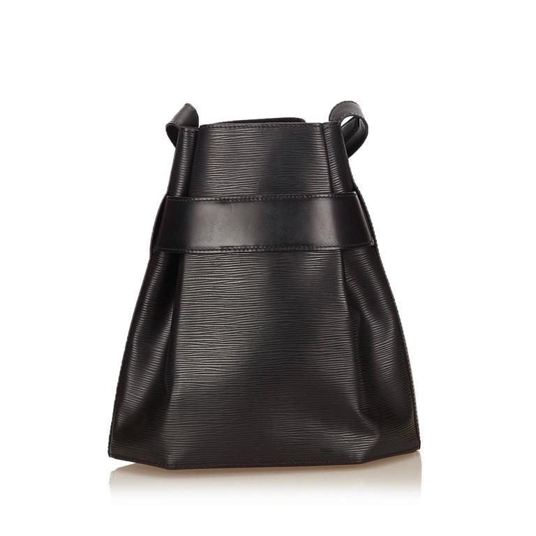 Women's Louis Vuitton Black Epi Leather Sac D'Epaule GM Bag For Sale