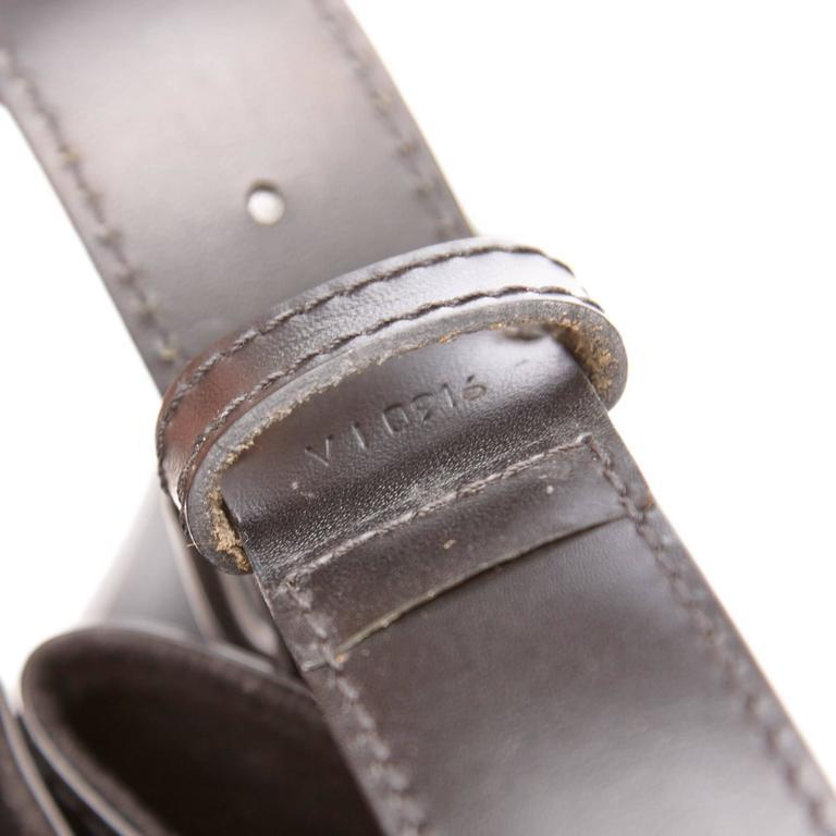 Louis Vuitton Black Epi Leather Sac D'Epaule GM Bag For Sale 4
