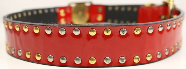 90s Gianni Versace Red Patent Leather Gold and Silver Studded Medusa Belt  In Excellent Condition For Sale In Sheung Wan, HK